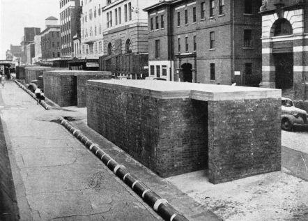 Air raid shelters in Elizabeth Street 1942