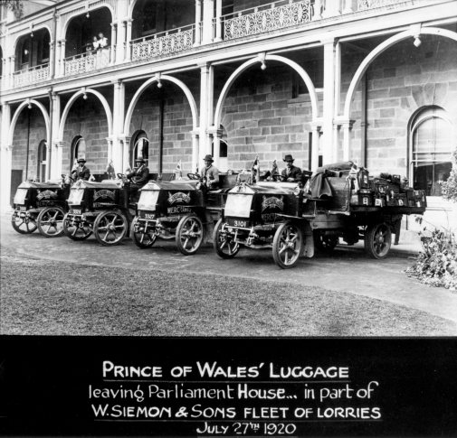 Prince of Wales luggage leaving Parliament House Brisbane July 1920