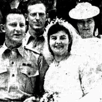 anzac married after discharge 1945 photo.jpg
