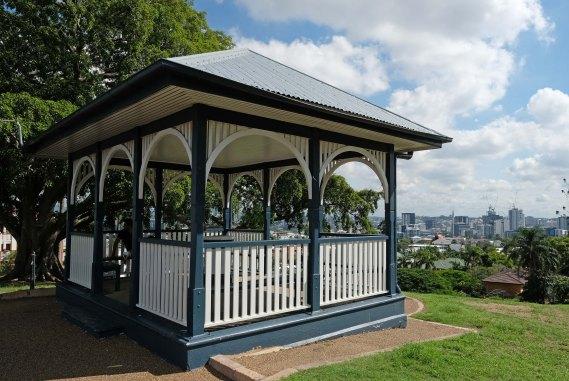 Highgate Hill Park shelter built 1912