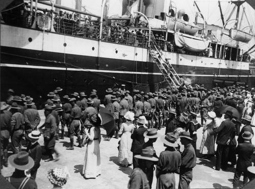 Troopship at Brisbane ca[1]. 19141918