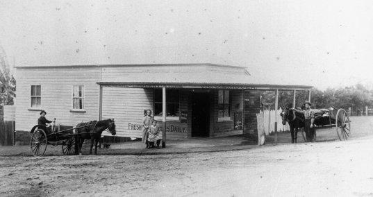 wynnum shop 1930s