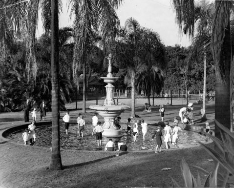 kids at bot gardens blog 1938