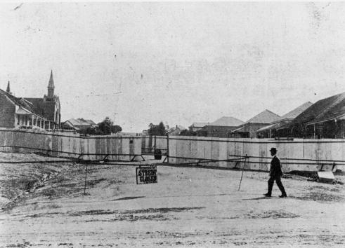 plague Quarantine barricade around houses in Hawthorne Street 1900