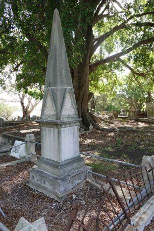 Blakeney Family grave in South Brisbane Cemetery.