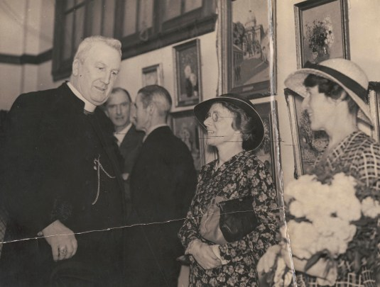 Duhig Mayo Lahey opening Lahey exhibition Griffiths Tea Rooms 1934.