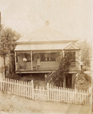 The Mayo house in Roseberry Street . (Fryer Library UQ)