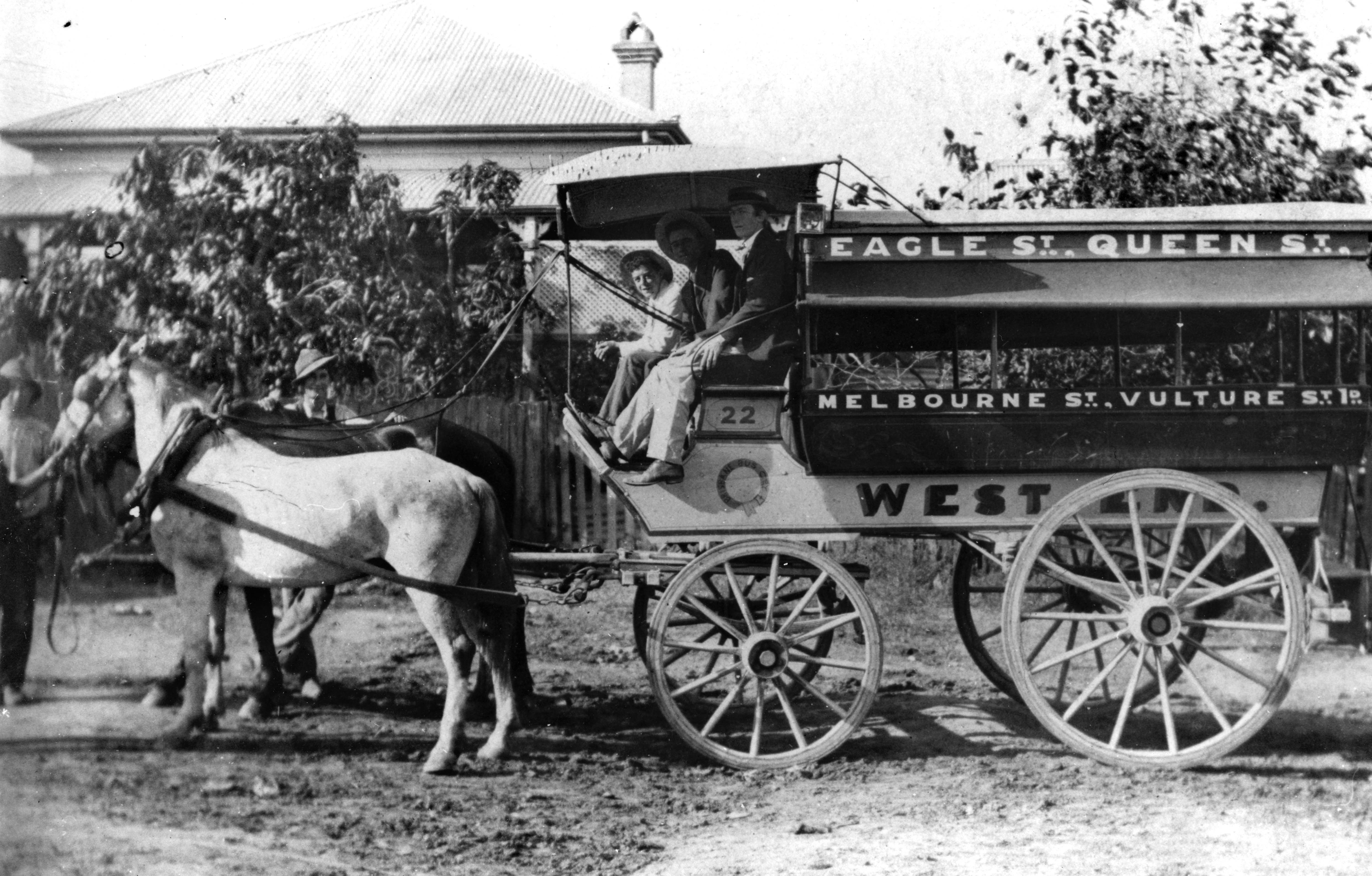 A West End omnibus. (Sate Library of Queensland)