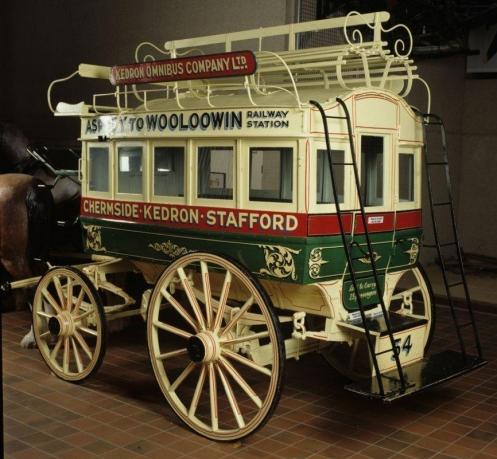 omnibus cobb and co museum