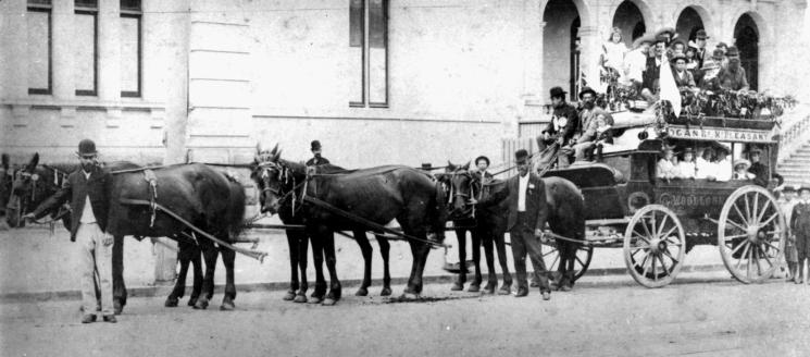 picnic group omnibus 1890s slq
