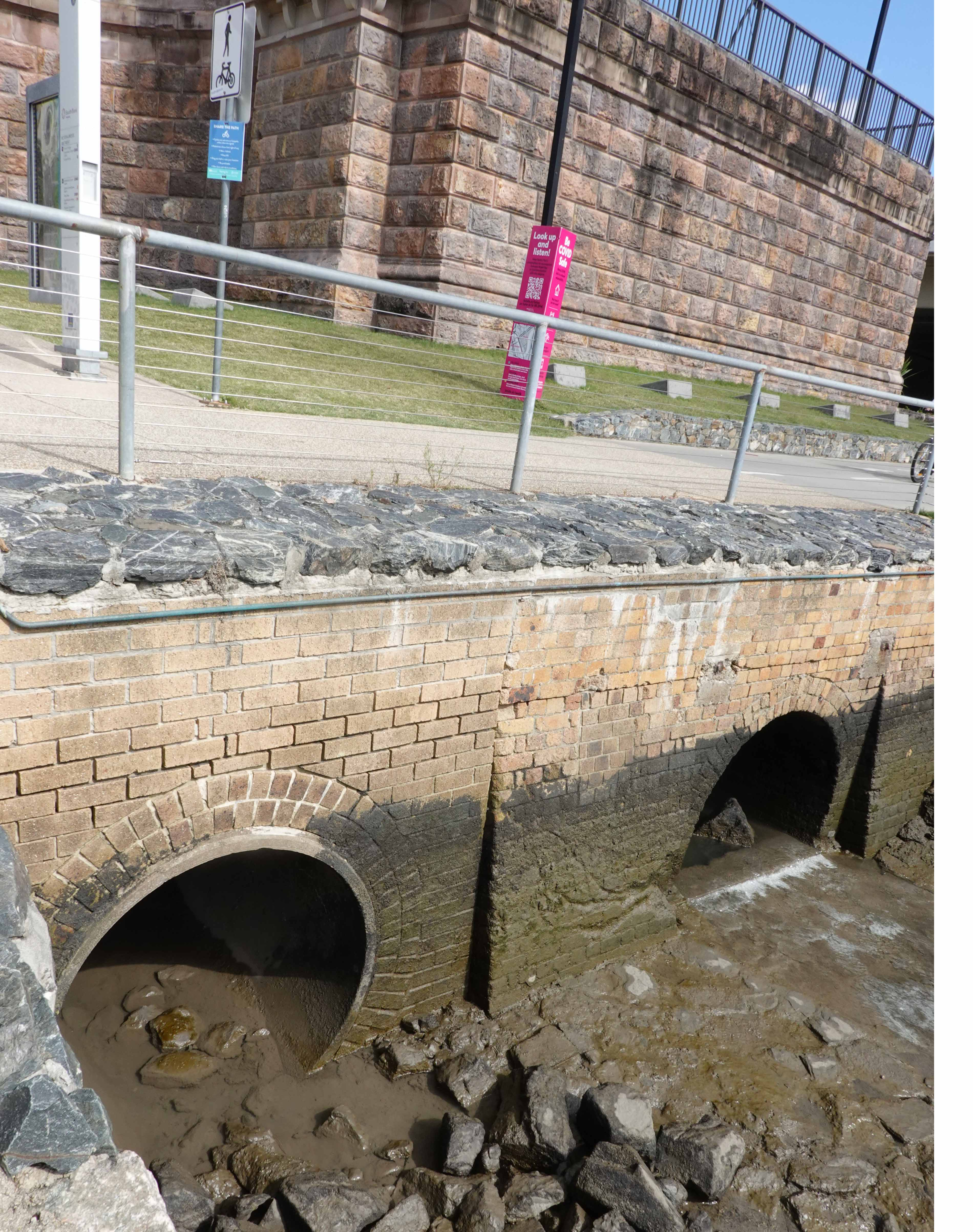 drain outlets vic bridge abutment
