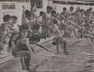 Salisbury State High School students at the Davies Park pool in 1965. (Telegraph, 27 March 1965)