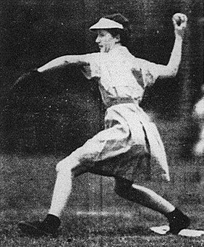 Masie Marshall at Davies Park. (Telegraph 27th September 1937 via trove)