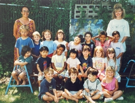 Our daughterls pre-school group 1995.