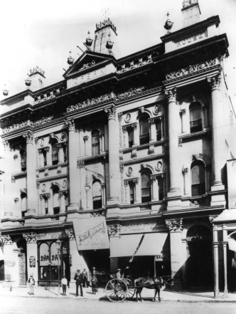 Her Majesty's Theatre ca 1898. (State Library of Queensland)