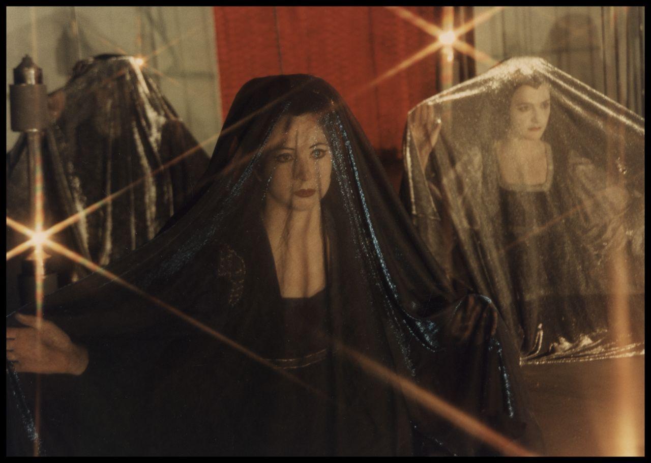 Lisa O'Neill Caroline Dunphy in the Frank Theatre 'Romeo Juliet 1996